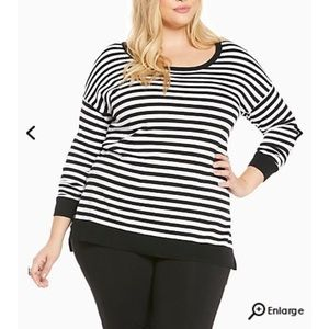 torrid Sweaters - NWT Torrid 2X Striped Heart Sweater
